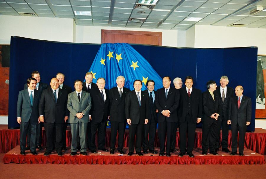 Gruppebillede fra Bruxelles til EU-topmødet den 14. april 1999.