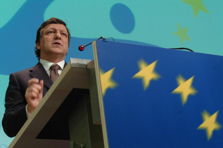 José Manuel Barrosos taler ved pressekonference inden EU-topmødet.