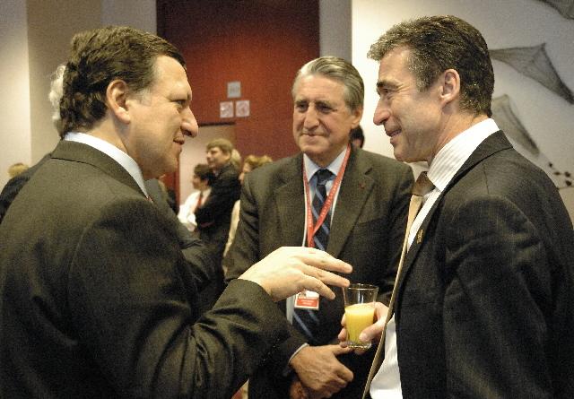Samtale mellem José Manuel Barroso og Anders Fogh Rasmussen.