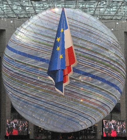Ekstraordinært EU-topmøde om situationen i Georgien.