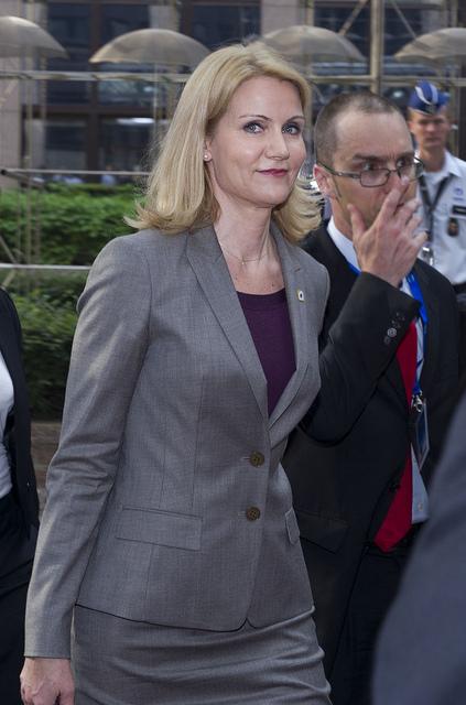 Helle Thorning-Schmidt ankommer til EU-topmødet