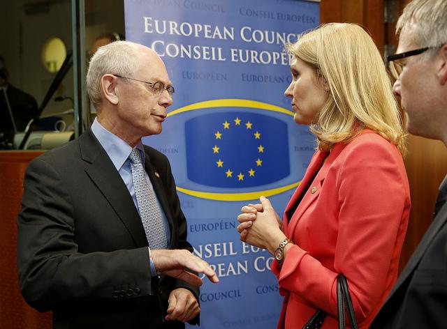 Herman Van Rompuy og Helle Thorning-Schmidt ved EU-topmødet.