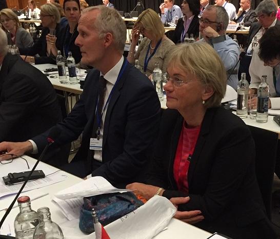 Folketingets formand, Pia Kjaersgaard, på konference med EU-landenes parlamentsformænd.