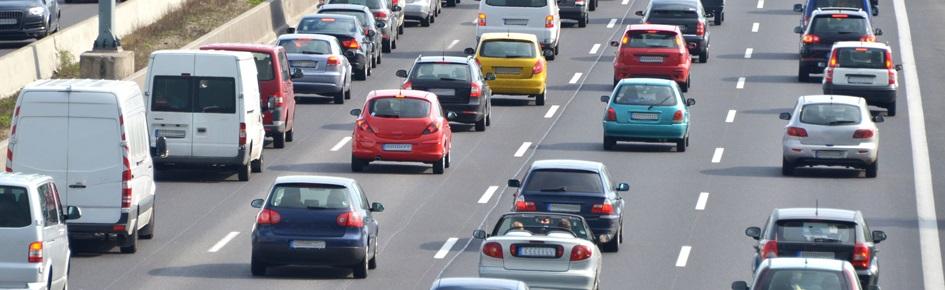 Biler på motorvej