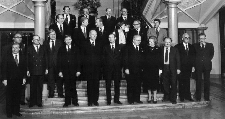 Gruppebilledet fra topmødet i Luxembourg, heriblandt er blandt andet den danske statsminister, Anker Jørgensen.