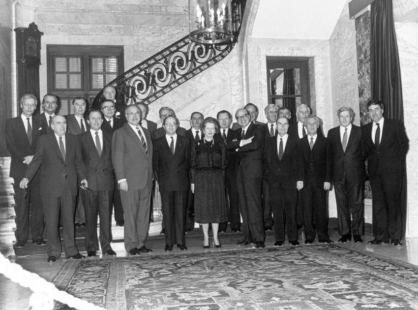 Gruppefoto fra topmødet i Bruxelles, marts 1985.