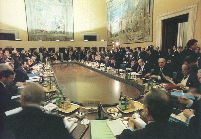 Topmødet den 14. og 15. december 1990 i Rom.