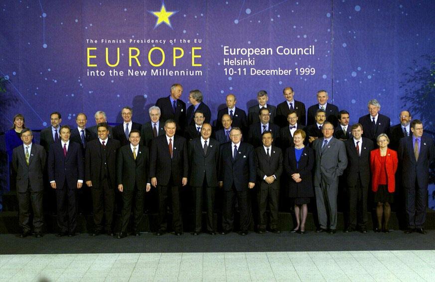 Stats- og regeringschefer til EU-topmødet i Helsinki.