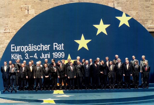 EU's stats- og regeringschefer til EU-topmødet i Köln.