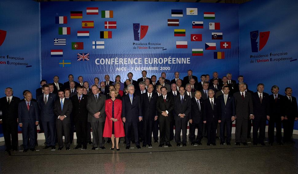 Gruppebillede til EU-topmødet i Nice.