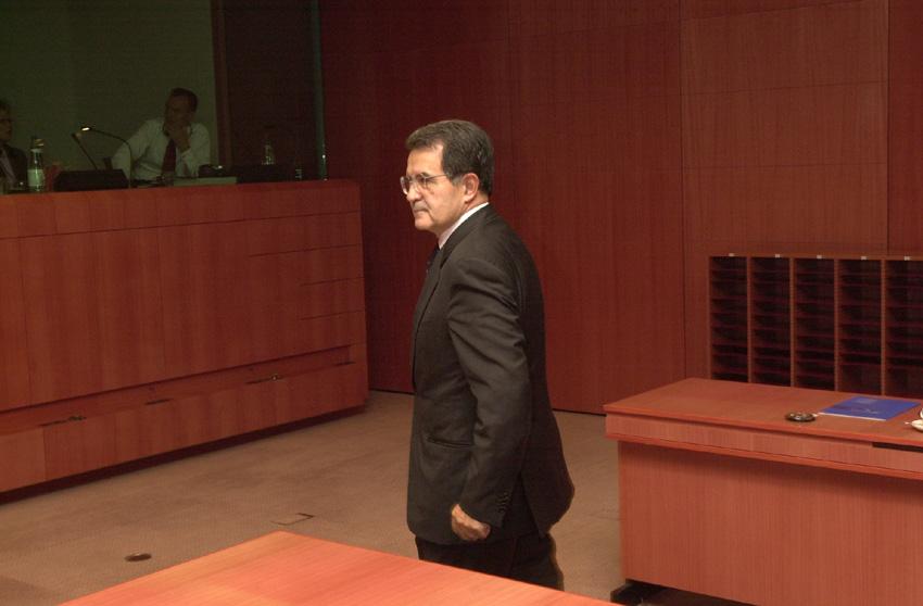 Romano Prodi, formanden for Europa-Kommissionen, til EU-topmødet.