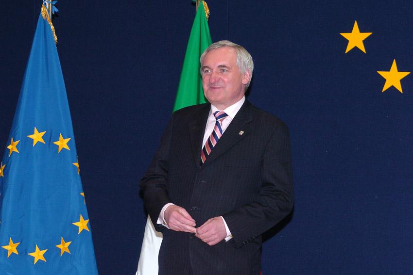 Det irske formandskab med premierminister Bertie Ahern i spidsen.