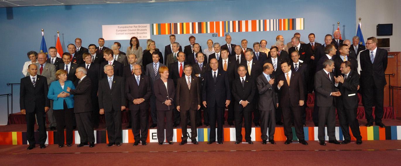 Et gruppebillede af EU's stats- og regeringschefer fra EU-topmødet den 15. og 16. juni 2006