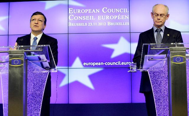 José Manuel Barroso og Herman van Rompuy til EU-topmødet.