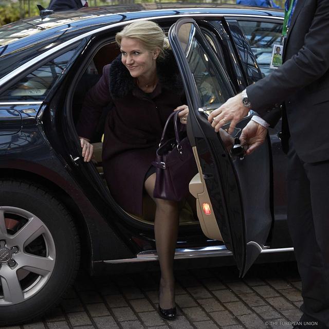 Statsminister Helle Thorning-Schmidt ankommer til EU-topmødet