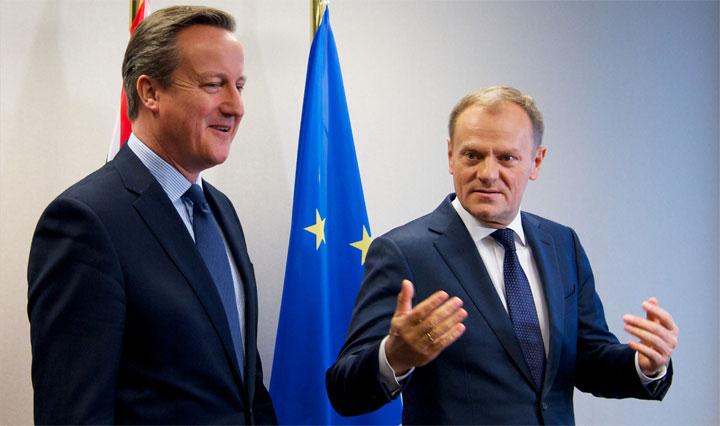 Den britiske premierminister David Cameron (tv) og EU's faste formand Donald Tusk. Foto: Rådet
